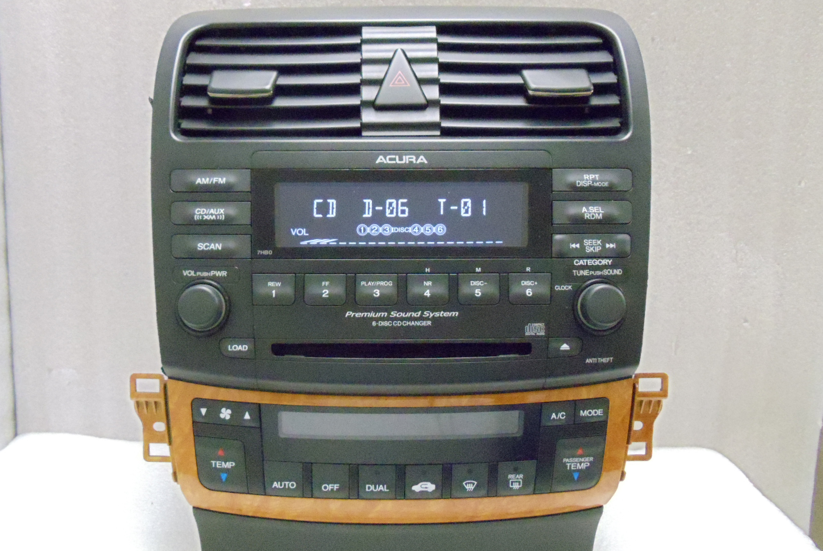 acura tsx xm radio stereo 6 cd changer climate temp
